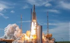 [REPLAY] Ariane 5 VA249 launch on 19/08/06